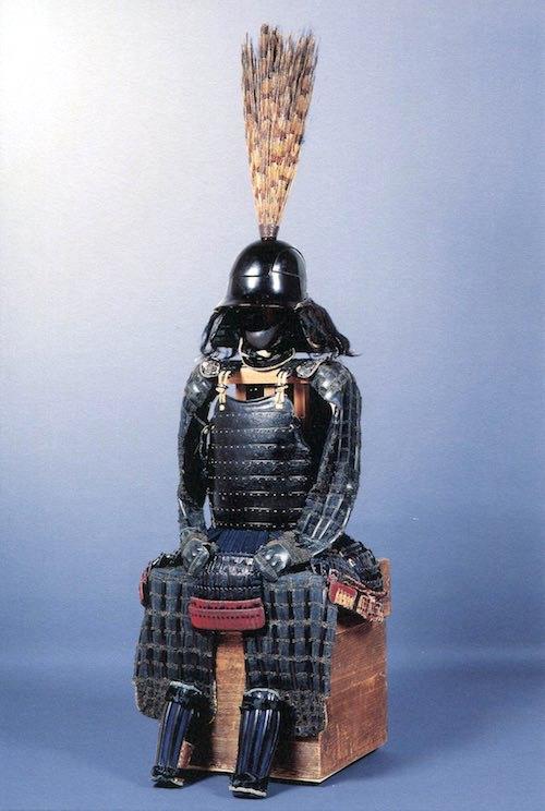 細川忠興所用の兜といわれる『越中頭形兜(えっちゅうずなりかぶと)』